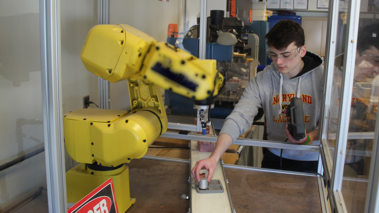 SME-PRIME---Cazenovia---Robotics---Fanuc---Safety-Glasses.jpg