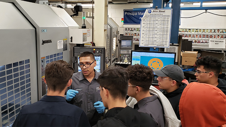 2021_SME PRIME Success Story_Leyden High School_Web_Students visiting local manufacturing partner.png