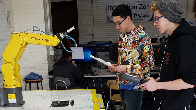 SME-PRIME---Park-High-School---Robotic-Training.jpg